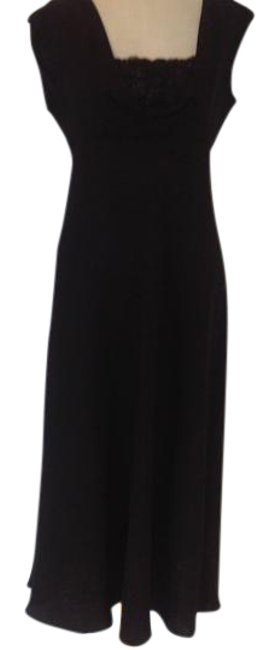 Preload https://img-static.tradesy.com/item/21330219/jones-new-york-black-elegant-long-formal-dress-size-8-m-0-1-650-650.jpg