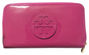 Tory Burch Logo Zip Continental Wallet Patent Leather Pink Magenta