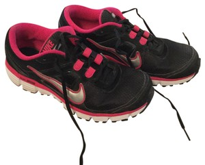 Nike Black, White, and Hot Pink Athletic