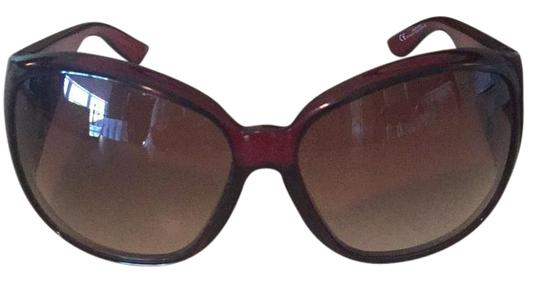 Preload https://img-static.tradesy.com/item/21330774/gucci-red-burgundy-sunglasses-0-2-540-540.jpg