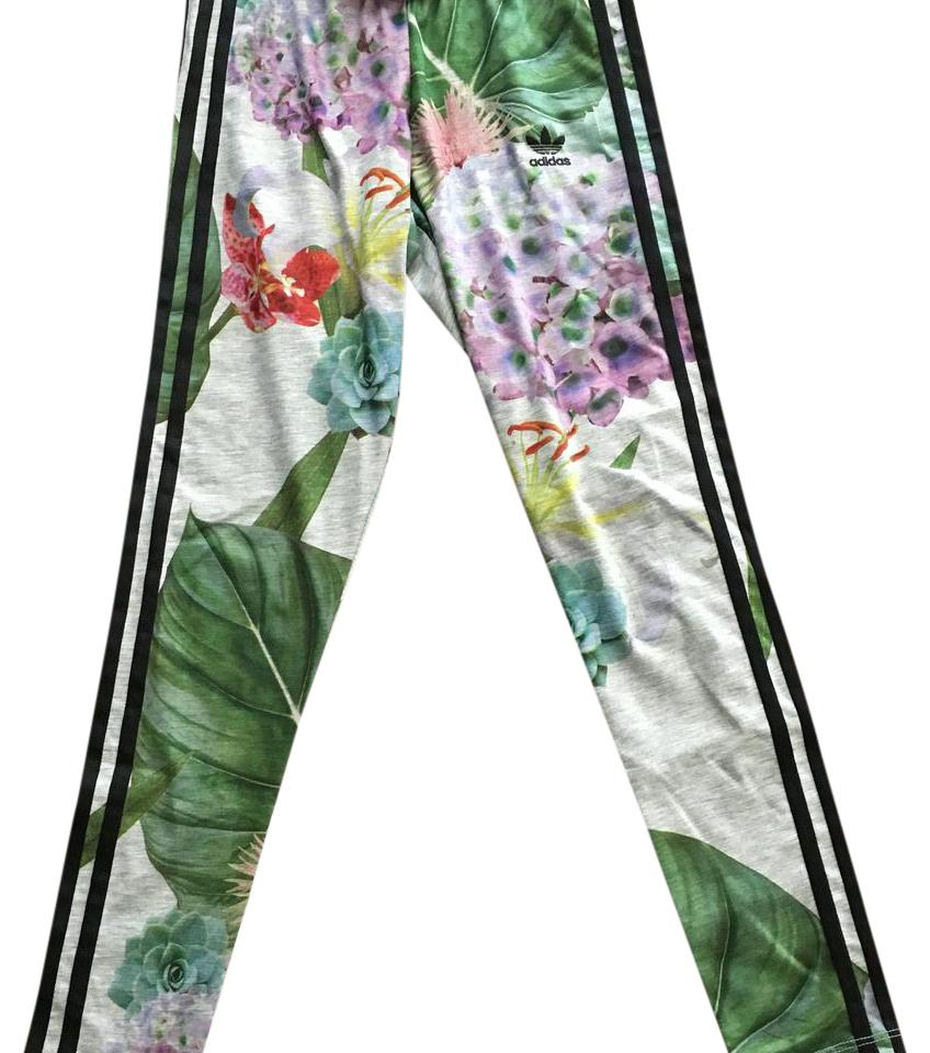 1ea44f93be1a8 adidas Floral Print Train Cuff Leggings Size 0 (XS, 25) - Tradesy