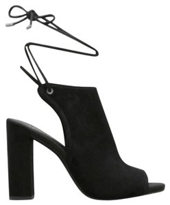 Kenneth Cole black Sandals