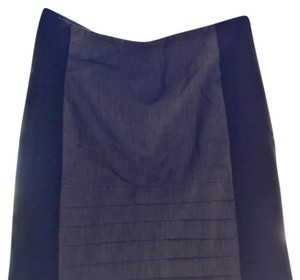 bebe Skirt black on the sides; silver/grey down the middle