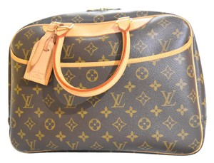 Louis Vuitton Deauville Cosmetic Baby Diaper Lv Satchel in monogram