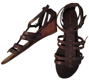 Kelly & Katie Wedge brown Sandals