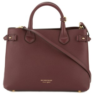 Burberry Tote in Burgundy
