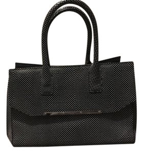 Henri Bendel Tote in Black and white