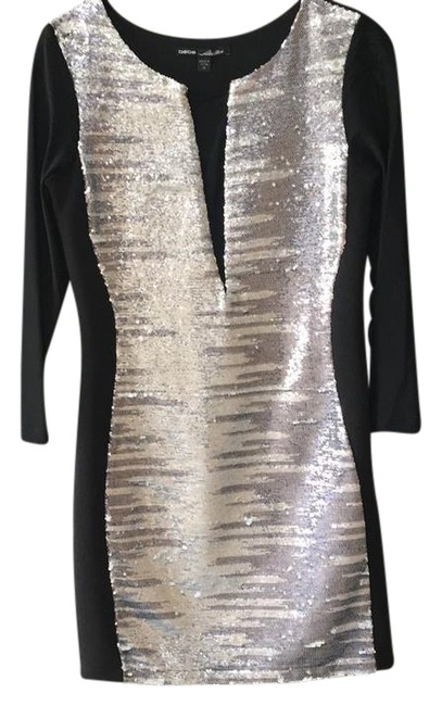 Item - Black with Silver Sequins Midi Mid-length Night Out Dress Size 8 (M)