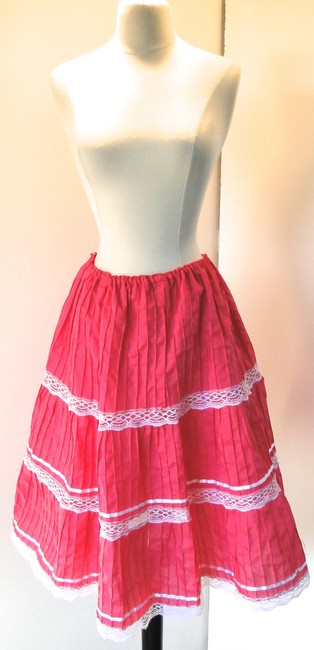Other New Old Stock Vintage Handmade Mexican Bohemian Boho Tiered Full Circle Lace Bright Pink Fuchsia White Lace Small Skirt Fuchsia Pink