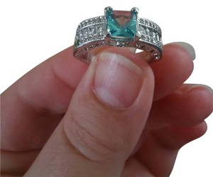 Kay Jewelers 14k White Gold Sterling Silver Blue & White Topaz Fine Gemstone Ring