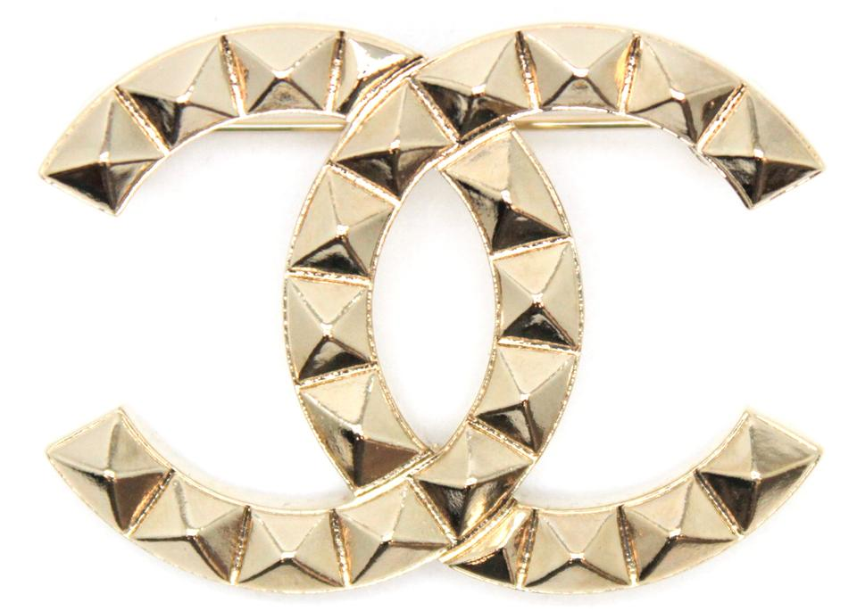 4f2961ad6bdfef Chanel #11765 SOLD OUT A17C 2017 large CC gold stud hardware brooch pin  charm Image ...