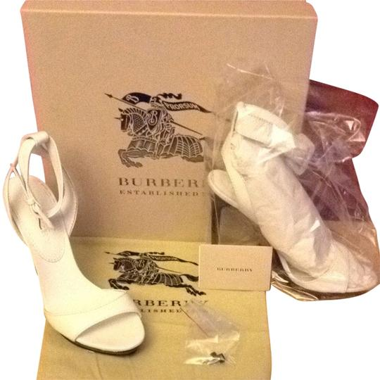 Burberry Soft Leather off white Sandals