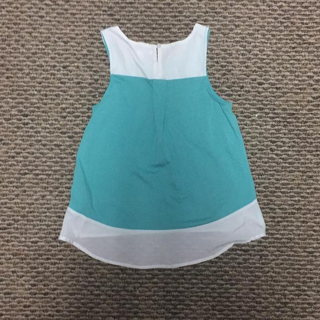 DKNY Top teal and white