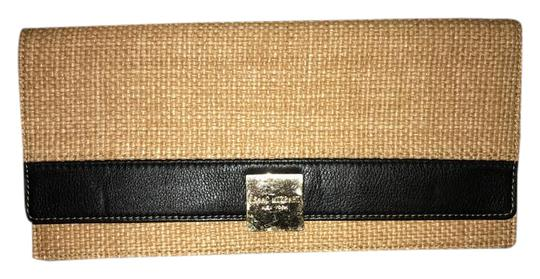 Preload https://img-static.tradesy.com/item/21338005/isaac-mizrahi-ava-canvas-leather-natural-and-black-clutch-0-1-540-540.jpg