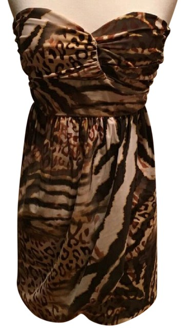 Preload https://img-static.tradesy.com/item/21338244/guess-by-marciano-animal-print-strapless-short-night-out-dress-size-4-s-0-2-650-650.jpg