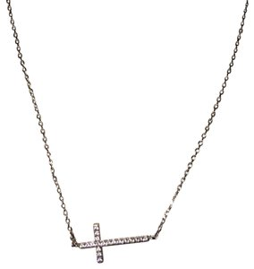 Other silver zirconia cross necklace