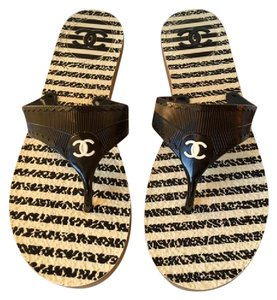 Chanel Jelly Rubber Flip Flops Thong Black and Cream Sandals