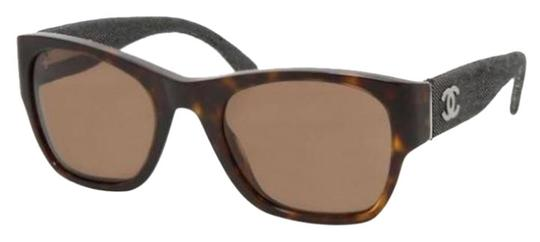 Preload https://img-static.tradesy.com/item/21339047/chanel-brown-tortoise-denim-blue-5162-cc-logo-rectangular-square-signature-classic-wayfarers-sunglas-0-1-540-540.jpg
