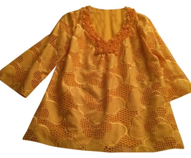Preload https://item4.tradesy.com/images/yellow-idk-tunic-size-6-s-2133908-0-0.jpg?width=400&height=650