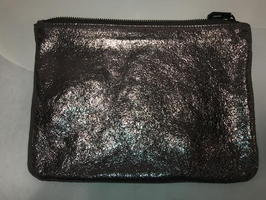Marc Jacobs Pouch Leather Makeup Evening metallic silver Clutch