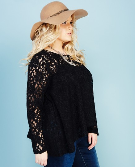 Good Wet Seal Lace Tunic Hydroclean