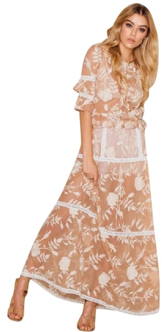 Item - Nude Long Night Out Dress Size 8 (M)