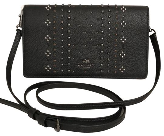 Preload https://img-static.tradesy.com/item/21339674/coach-swingpack-saddle-new-wstudded-strap-messenger-black-leather-cross-body-bag-0-1-540-540.jpg