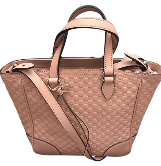 Preload https://img-static.tradesy.com/item/21339918/gucci-pink-leather-shoulder-bag-0-1-540-540.jpg
