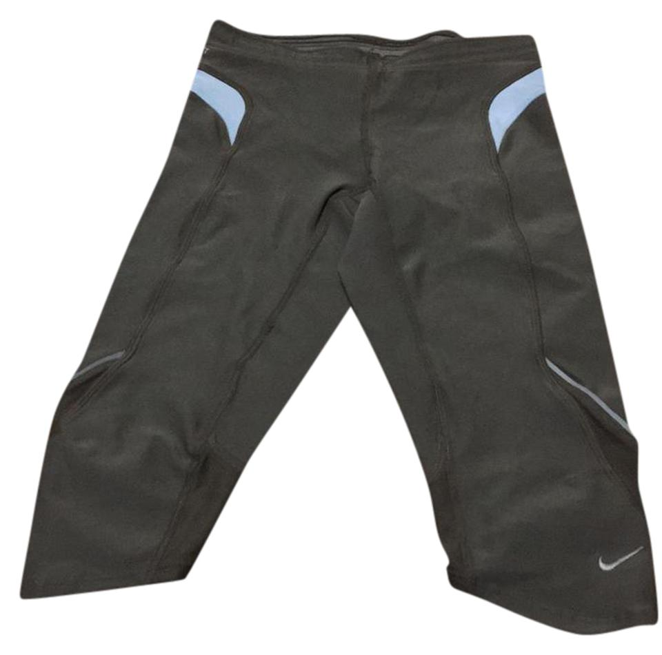 11a1dacb8c5e Nike Olive Capris Running Pants Activewear Bottoms Size 0 (XS) - Tradesy