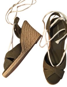 14eeb55dc1 Banana Republic Wedge Jute Ankle Tie sage green Sandals