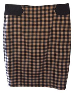 The Limited Skirt light pink with navy blue plaid checkered print
