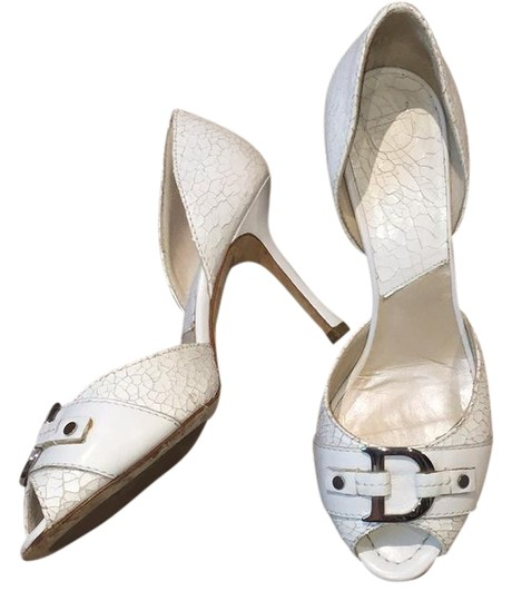 Preload https://img-static.tradesy.com/item/21341211/dior-white-id-cracked-leather-sandals-formal-shoes-size-us-8-regular-m-b-0-3-540-540.jpg