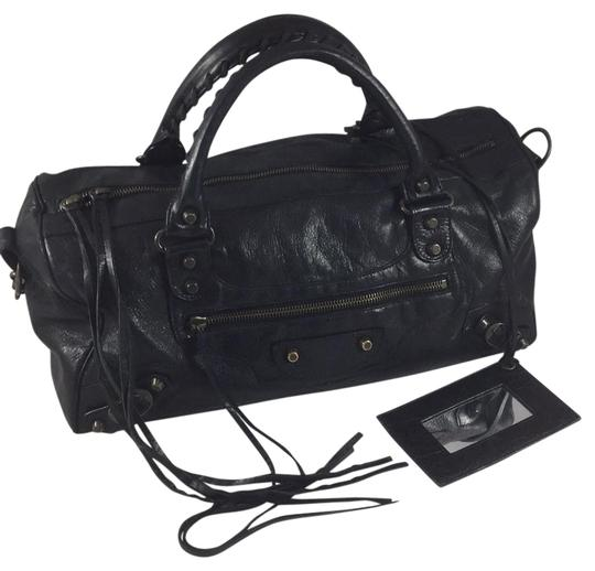 Preload https://img-static.tradesy.com/item/21342203/balenciaga-medium-city-black-leather-satchel-0-1-540-540.jpg