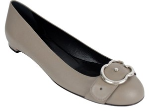 1fafc4b96f8 Gucci Flats - Up to 70% off at Tradesy