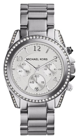 Preload https://img-static.tradesy.com/item/21342436/michael-kors-ladies-mk5165-watch-0-1-540-540.jpg