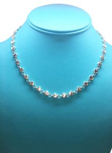 Tiffany & Co. GORGEOUS Tiffany & Co. Small Heart Link Necklace 16