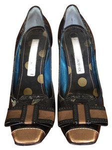 Christian Lacroix black and gold Pumps
