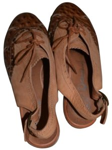 Jeffrey Campbell Ostrich Oxfords Work Brown Flats