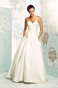 Paloma Blanca Ivory Silk 4165 Traditional Wedding Dress Size 20 (Plus 1x)