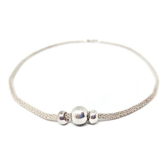 Preload https://img-static.tradesy.com/item/21343538/classic-sterling-silver-mesh-with-beads-necklace-0-0-540-540.jpg