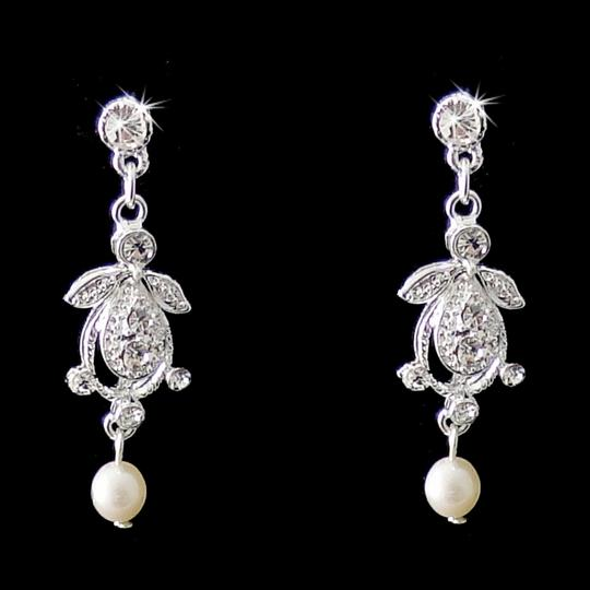 Elegance by Carbonneau Silver Pearl and Crystal Vintage Look Jewelry Set