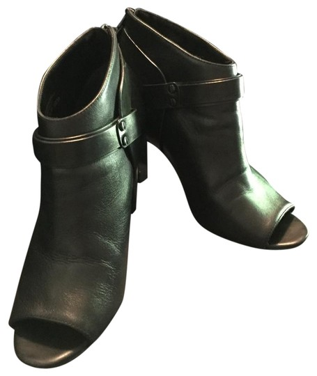 Preload https://img-static.tradesy.com/item/21344365/vince-camuto-black-nikoletta-open-toe-leather-bootsbooties-size-us-8-regular-m-b-0-2-540-540.jpg