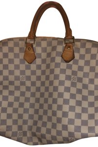 Louis Vuitton Tote in White / Grey