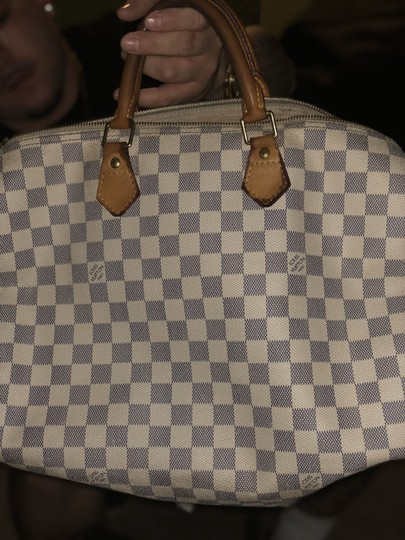 Louis Vuitton Tote in White / Grey Image 1