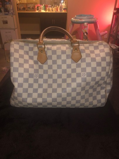 Louis Vuitton Tote in White / Grey Image 4