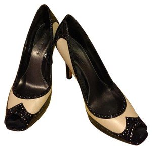 Circa Joan & David Ivory and Black Pumps