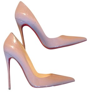 Christian Louboutin nuede Pumps