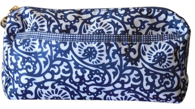 Item - Blue and White Floral Zipper Closure - Perfect For Traveling Cosmetic Bag