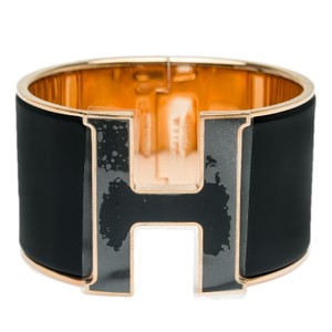 Hermès Hermes Black With Black Lacquer H Clic Clac H Extra Wide Enamel PM
