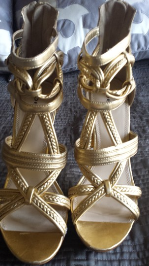 """bebe Leather Woven Straps 5.5"""" Inch Heels Gold Sandals"""